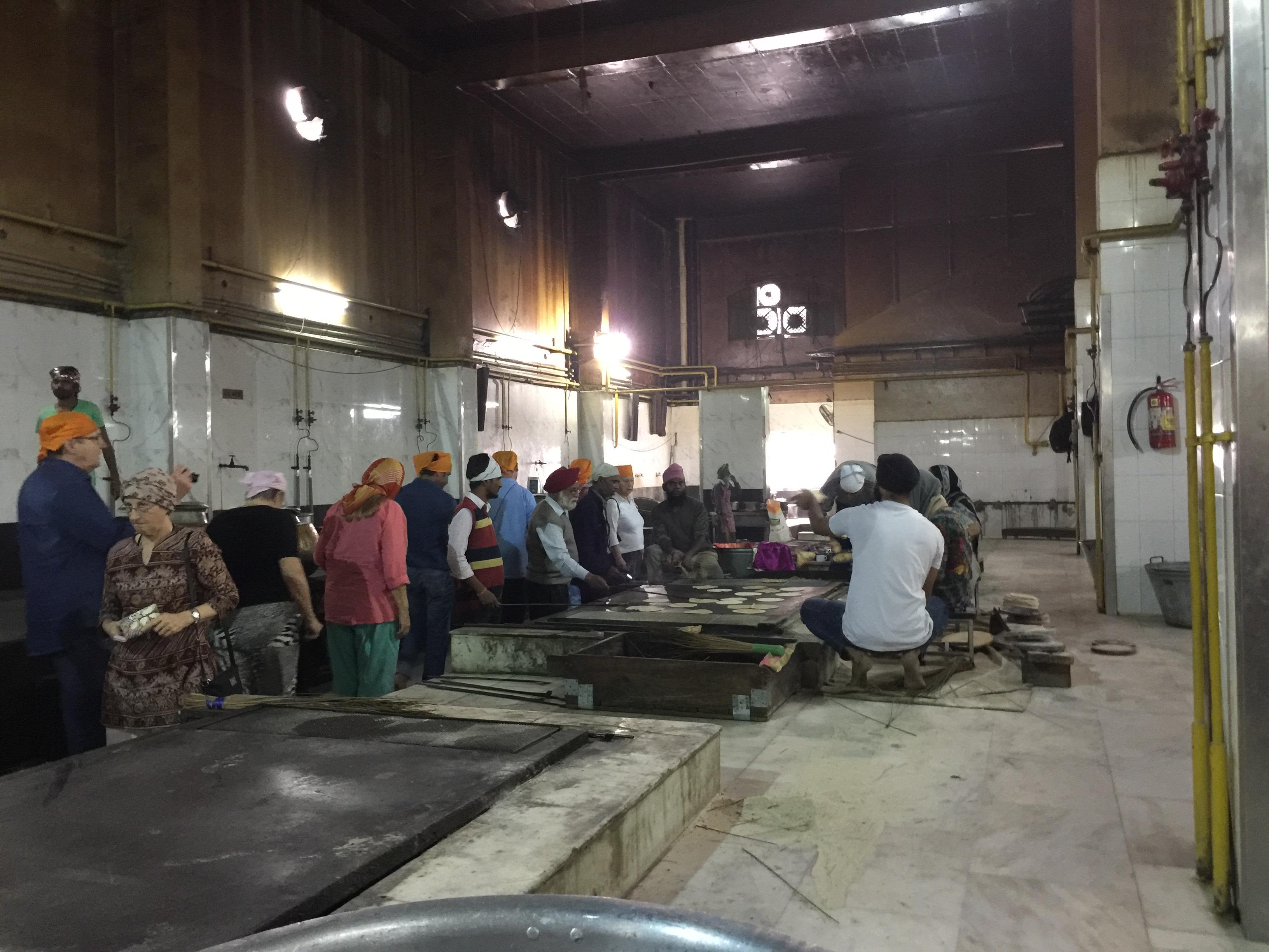 Kuchnia w Gurudwara Bangla Sahib świątyni